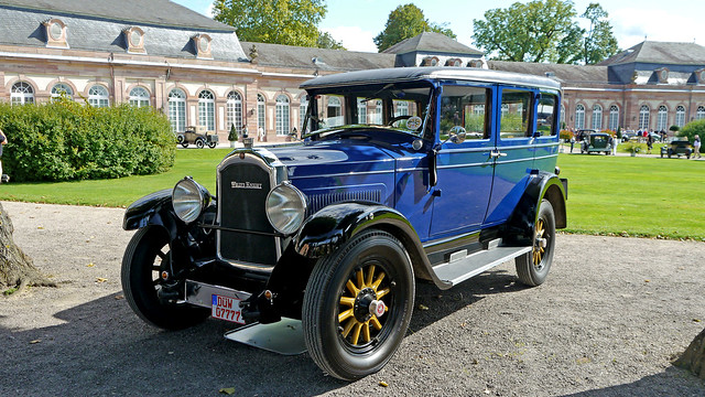 1930 Willys-Knight Model 70B Light Six Sedan
