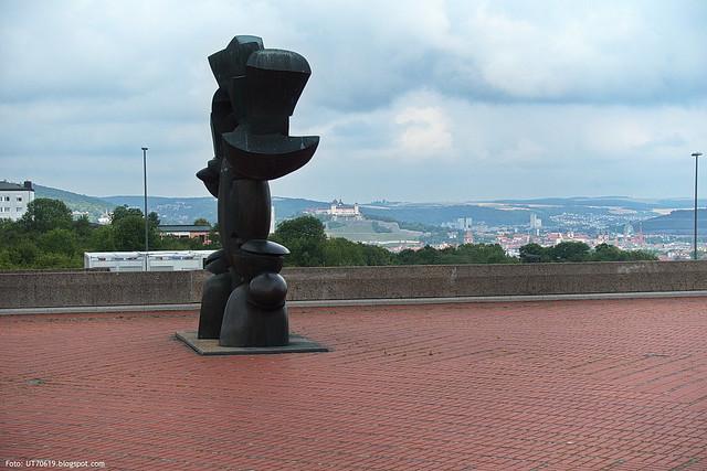 Blick von der UB zur Festung