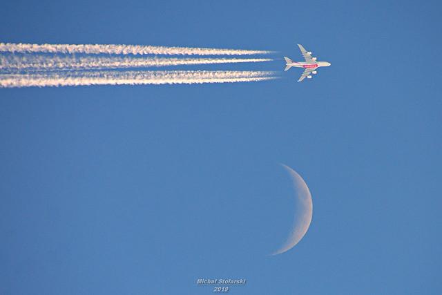 Emirates & moon