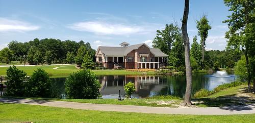 park dokomeadowspark lake building