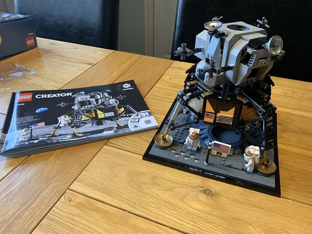 Apollo 11 lander Lego
