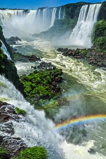 """""""The Devil's Throat"""", Iguazu Falls, Argentina/Brazil 「悪魔の喉ぶえ」、イグアズの滝、アルゼンチン/ブラジル"""