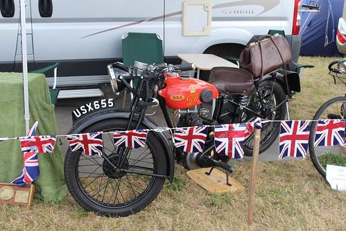 030818 BSA Motorcycle USX655 at the Glos Country & Vintage Extravaganza
