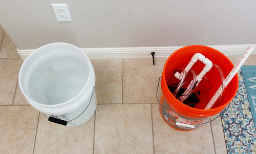 supplies for aquarium water change using buckets and a pump