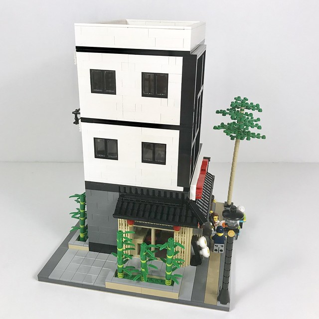 Ramen Restaurant - Side