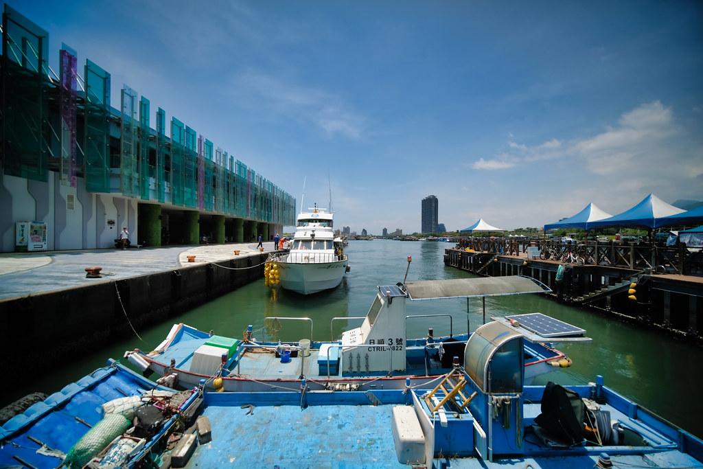 龜山島 烏石港