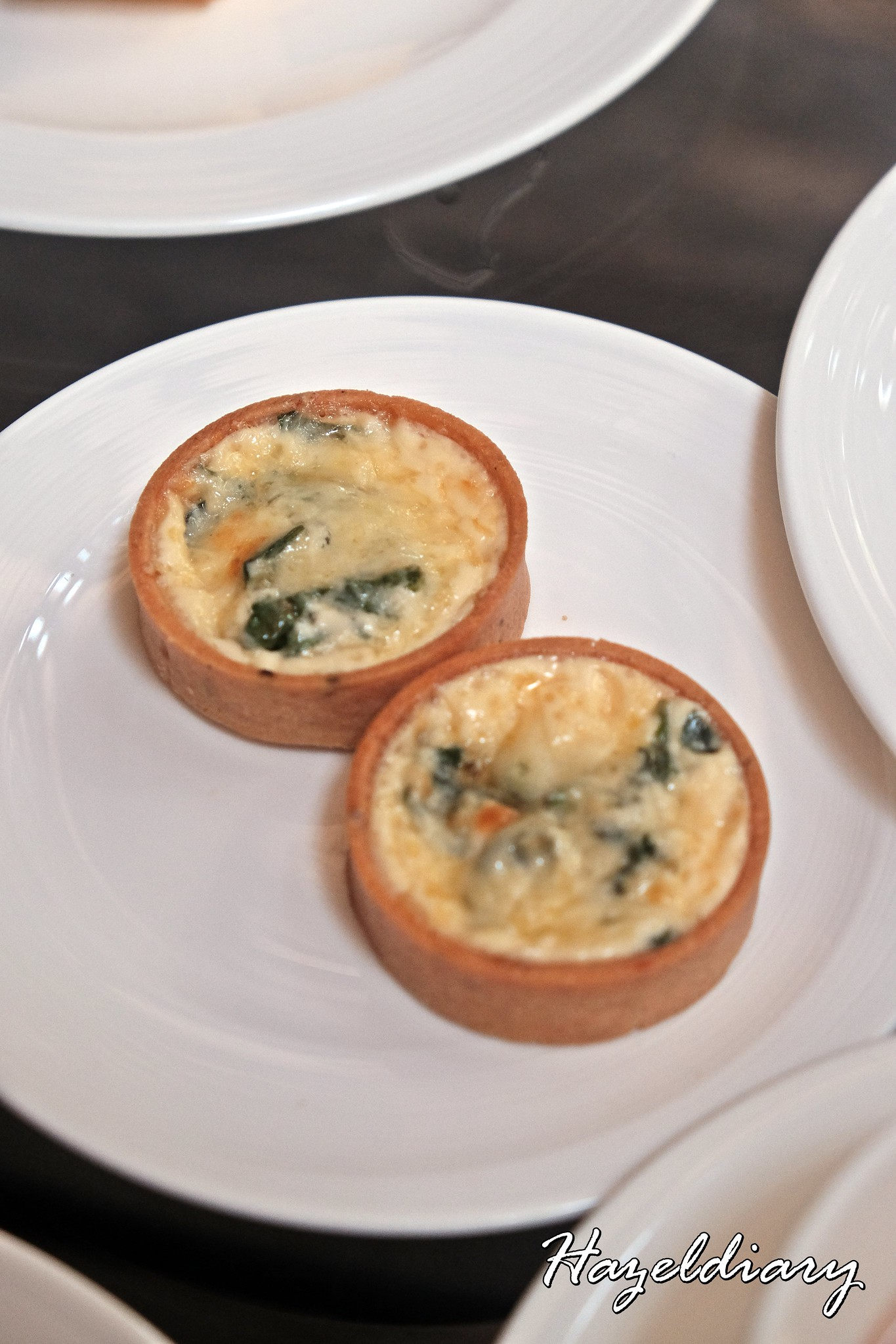 Floral Weekend High Tea-One Ninety Bar Four Seasons Hotel Singapore-Spinach and Cheese Quiche