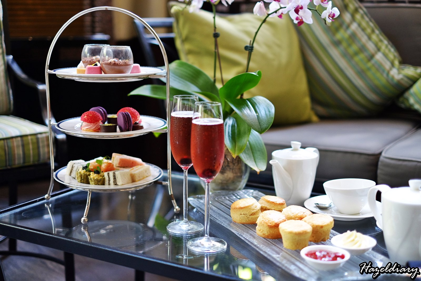 [SG EATS] A Floral Weekend Afternoon Tea At One-Ninety Bar | Four Seasons Hotel Singapore