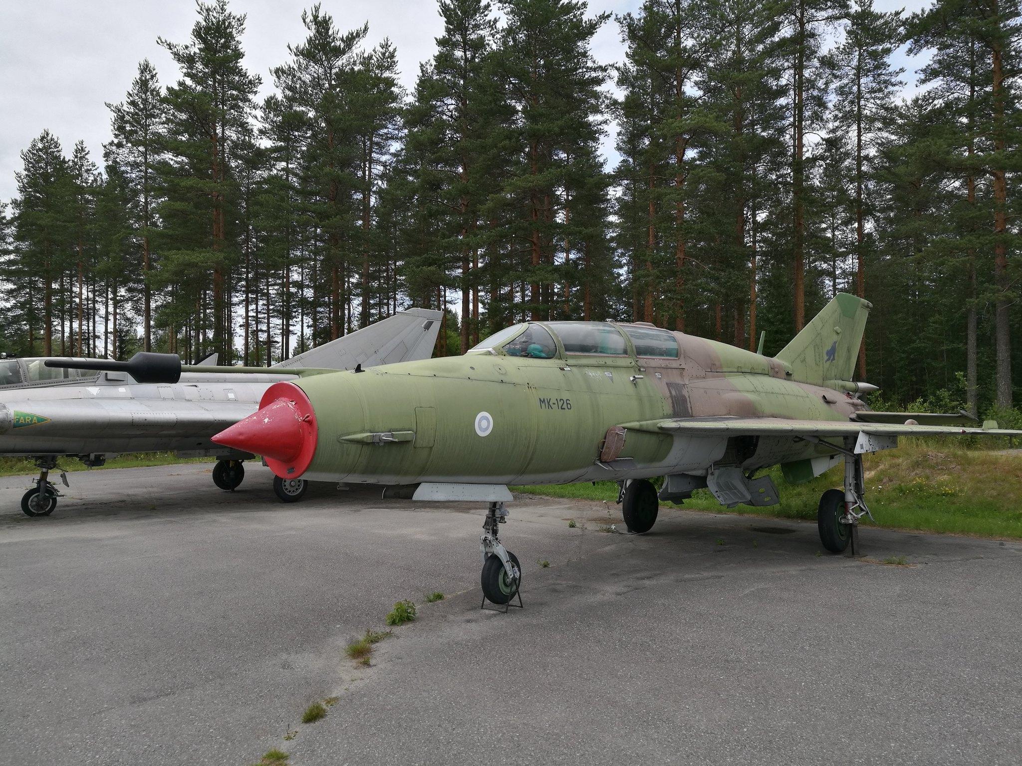 Hemkommen från semester i Finland med utflykt till Finlands Flygvapenmuseum. 48287368401_c02d46f3ad_k