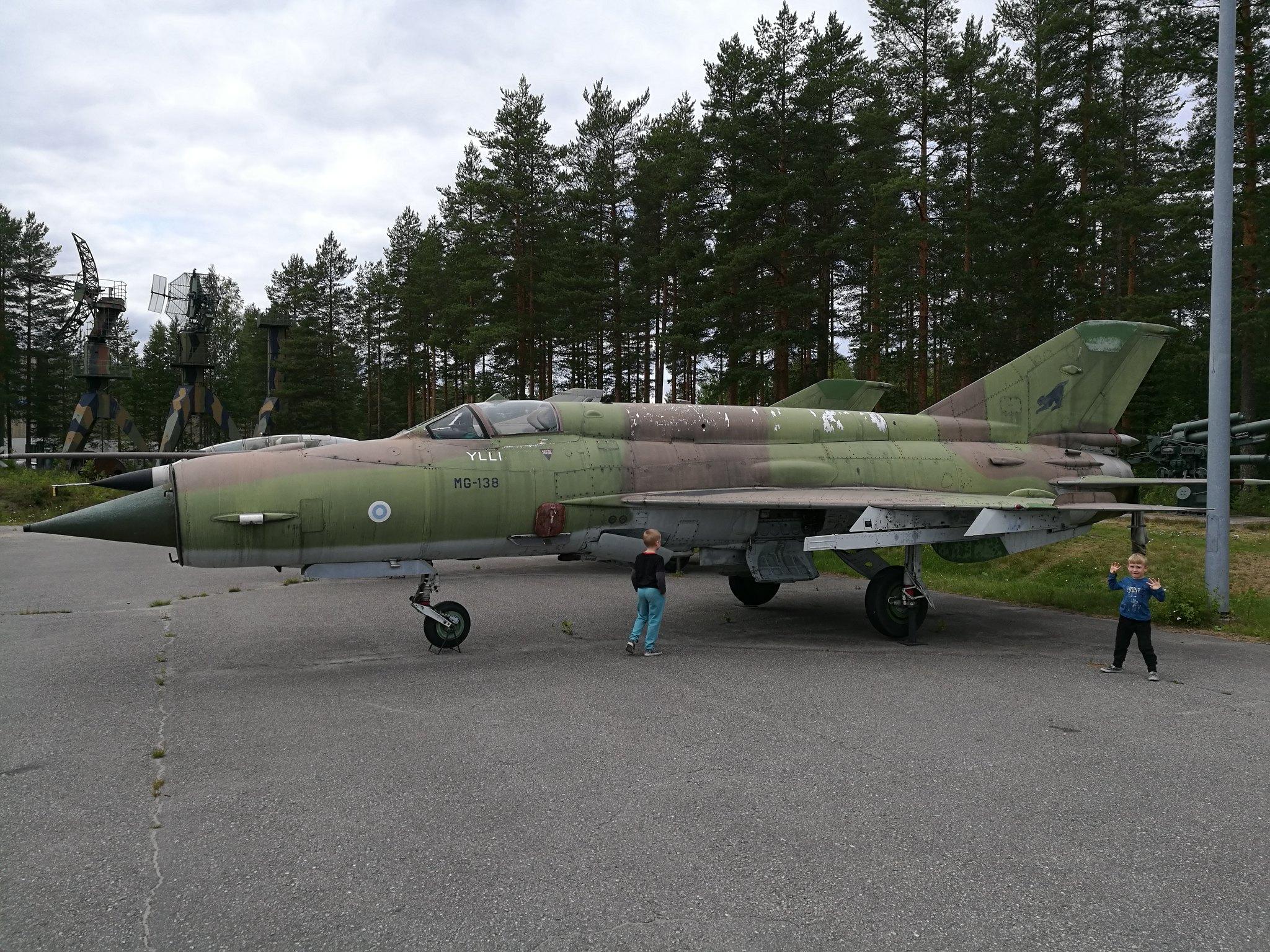 Hemkommen från semester i Finland med utflykt till Finlands Flygvapenmuseum. 48287368981_11ad650057_k