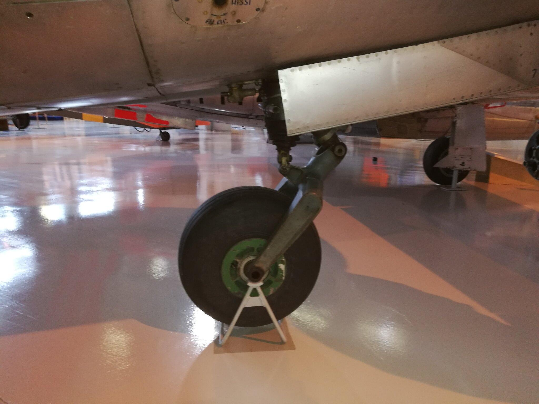 Hemkommen från semester i Finland med utflykt till Finlands Flygvapenmuseum. 48287469167_00bb41ae29_k