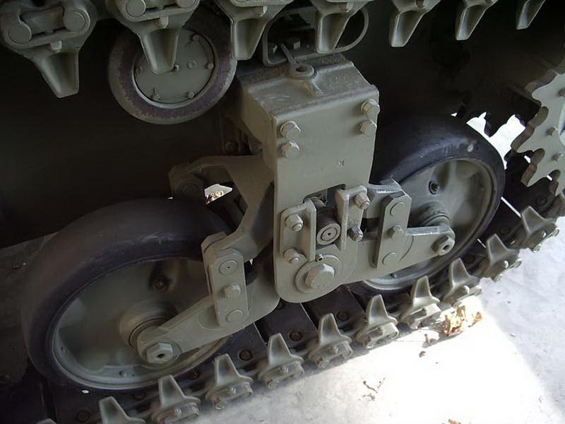 M5A1 Stuart 4