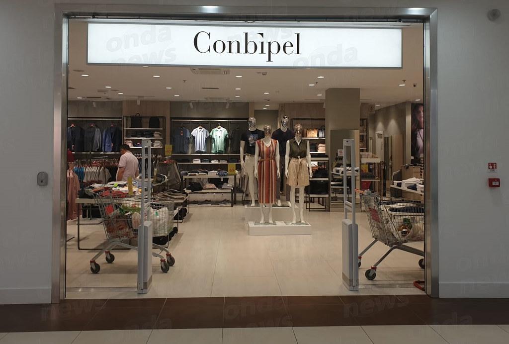 online store 932c4 e231f Atena Lucana: saldi fino al 60% nello store Conbipel del ...