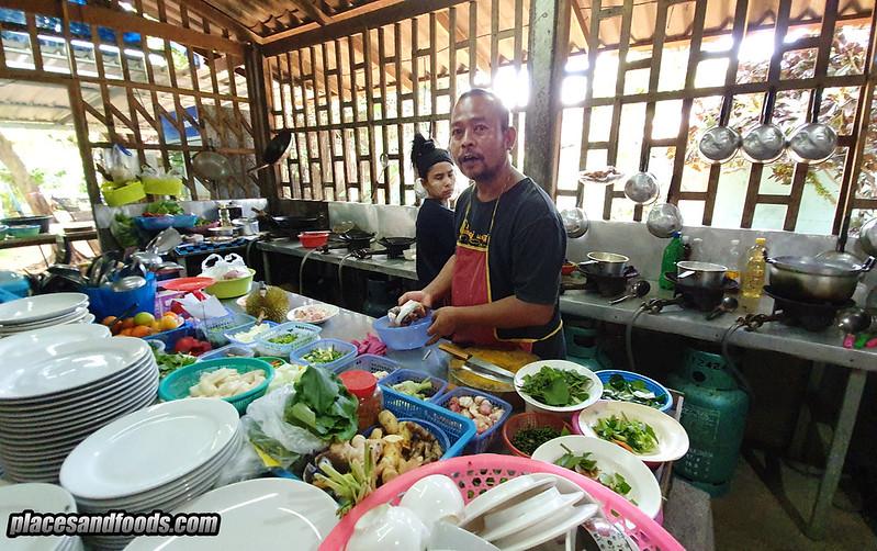 khao lak khrua luang then chef