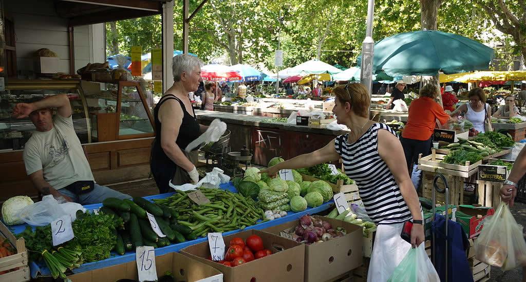 De markt van Split, Kroatië | Mooistestedentrips.nl