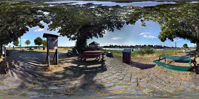 Kessel Beesel Ferry