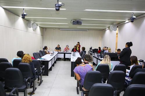 Reunião com convidados com a finalidade dei nstrumentalizar as membras da Comissão acerca dos assuntos compreendidos no campo temático desta comissão - Comissão de Mulheres