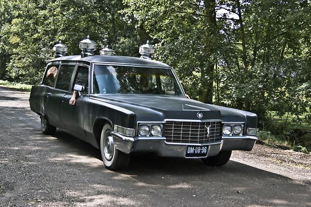 Cadillac Hearse 1969 (2634)