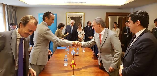 Schiaretti firmó en Madrid el financiamiento para la nueva Maternidad Provincial