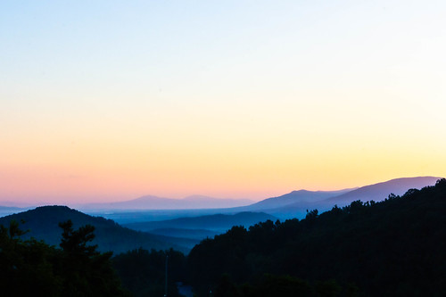 blueridgeparkway places usa shenandoahvalley sunrise va zip22920 afton virginia unitedstatesofamerica rockfishgap