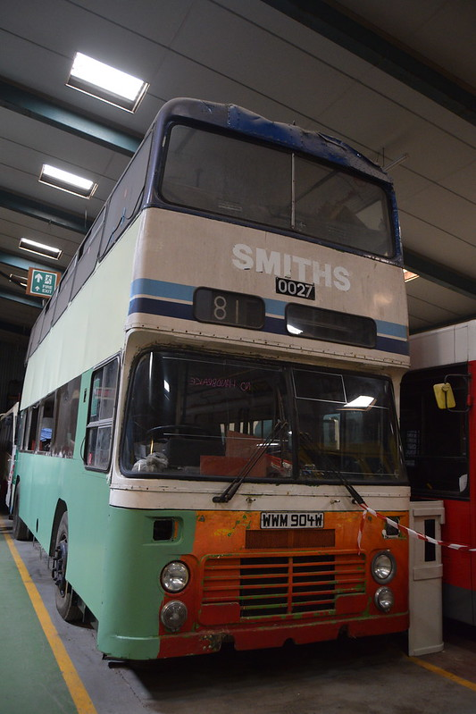 Merseyside Transport 0027 WWM904W
