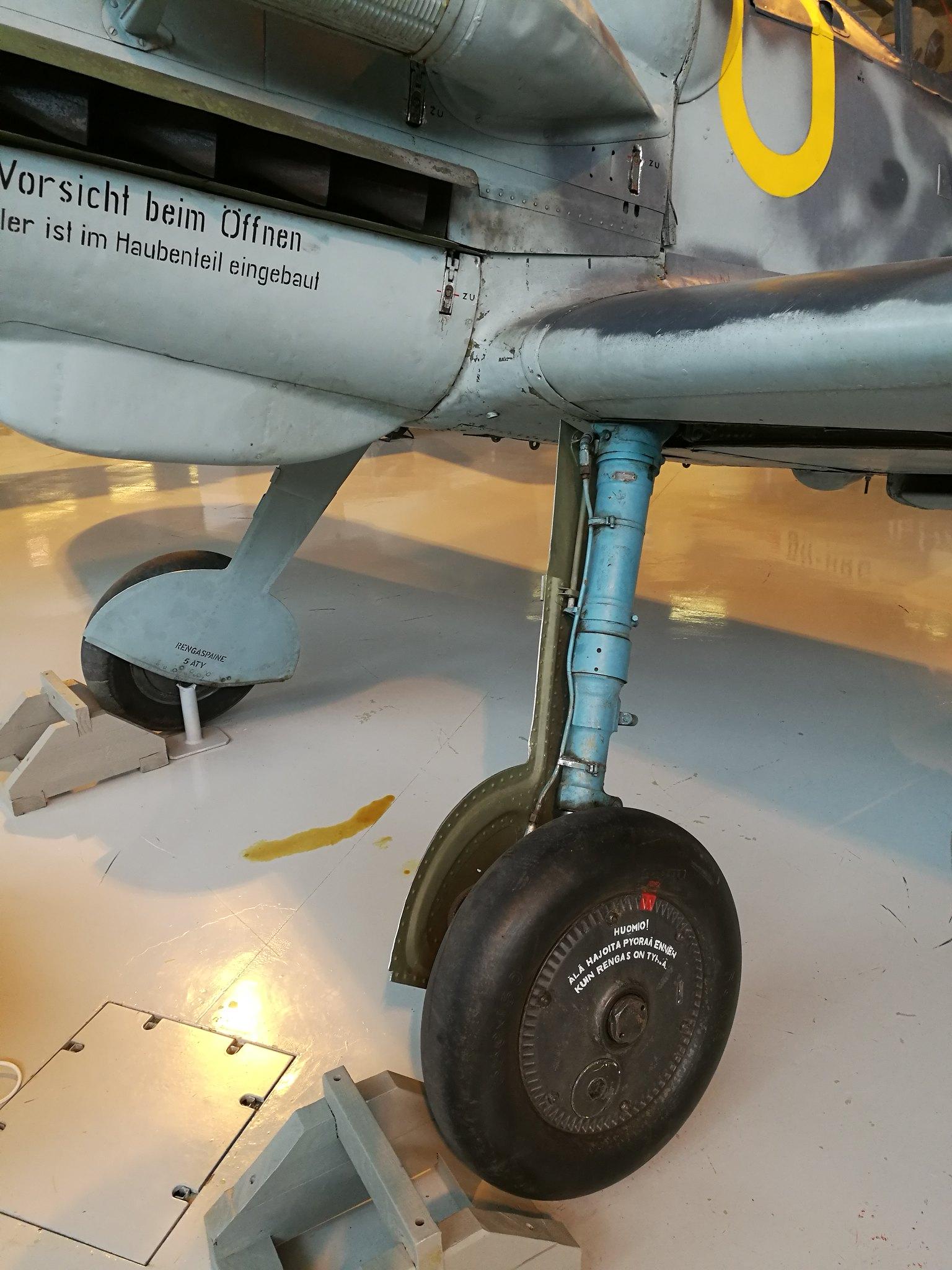 Hemkommen från semester i Finland med utflykt till Finlands Flygvapenmuseum. 48292962416_74d077e204_k