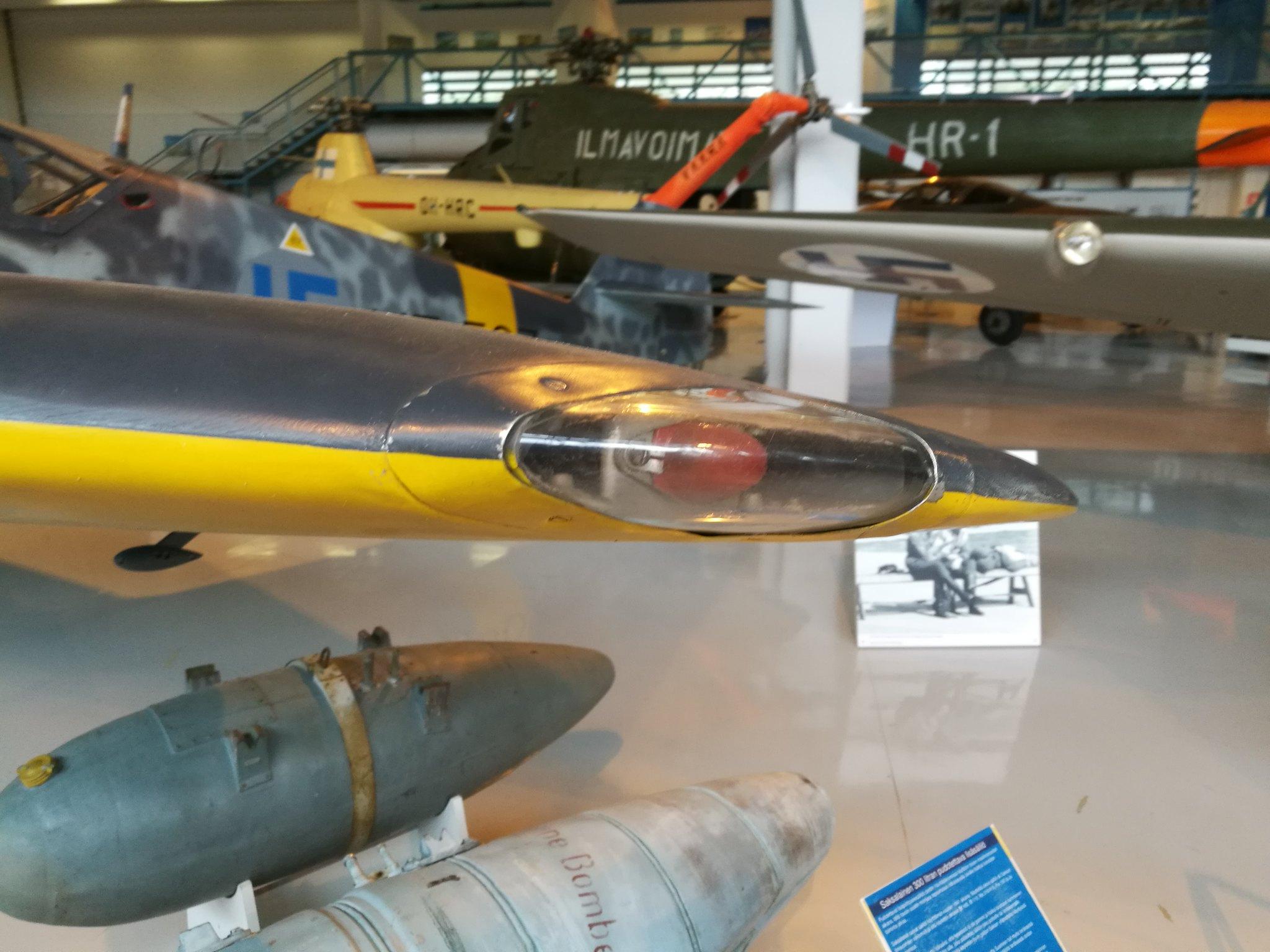 Hemkommen från semester i Finland med utflykt till Finlands Flygvapenmuseum. 48292963456_6c60699261_k