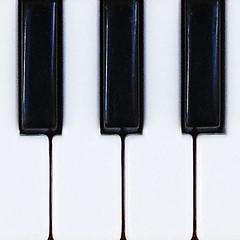 02_0028_Piano