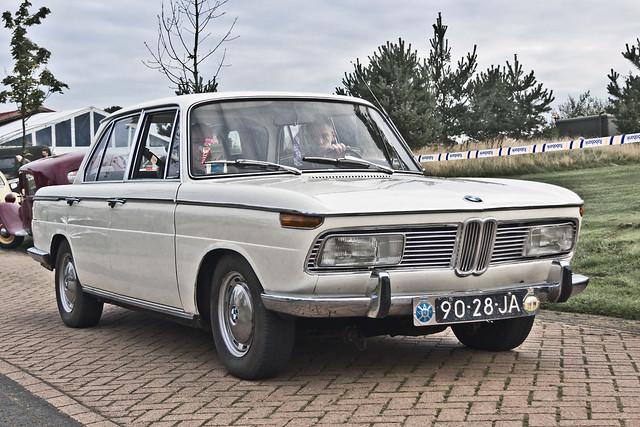 BMW 2000 1969 (2761)