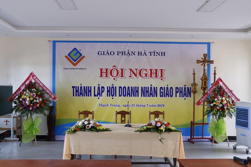 Doanh Nhan (1)