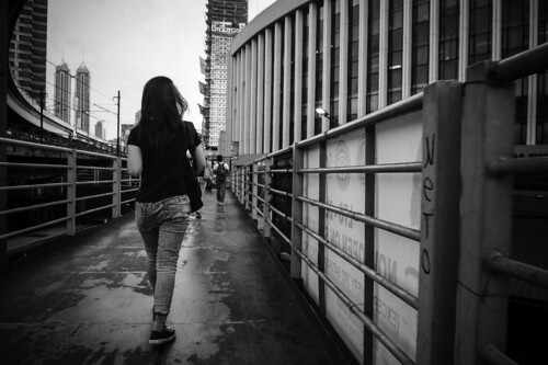 overpass pedestrian lady walking building streetphotography mandaluyong manila philippines