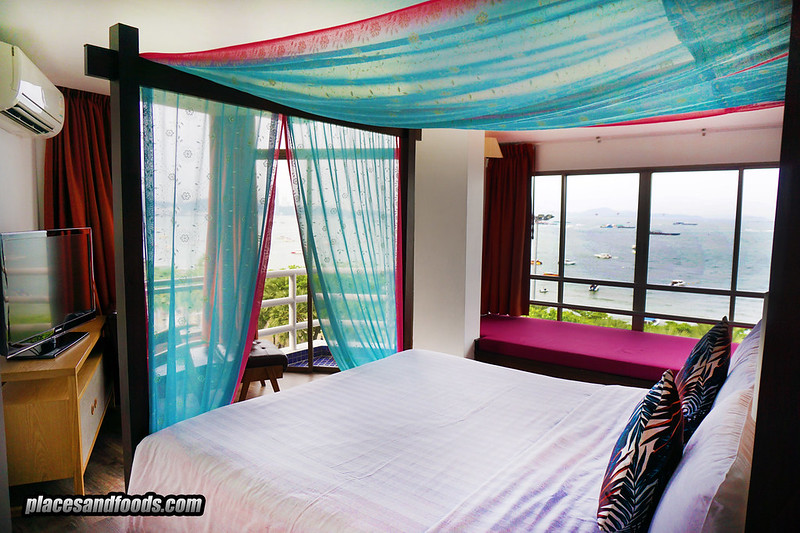 sandalay pattaya sea view room