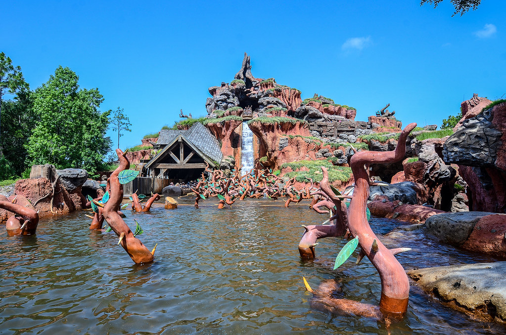 Splash Mountain MK daytime