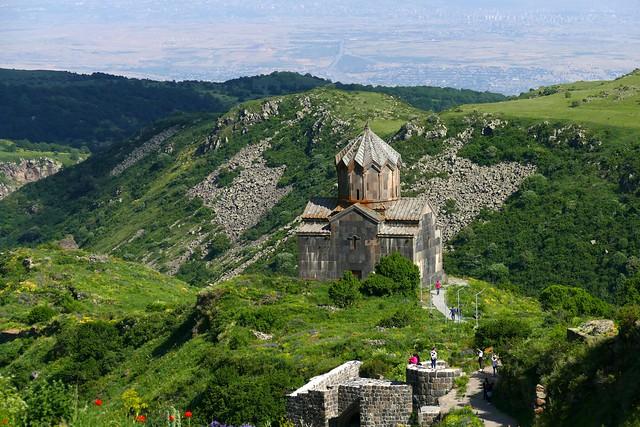 Monasterio de Saghmosavank (Armenia). Monasterio de los salmos