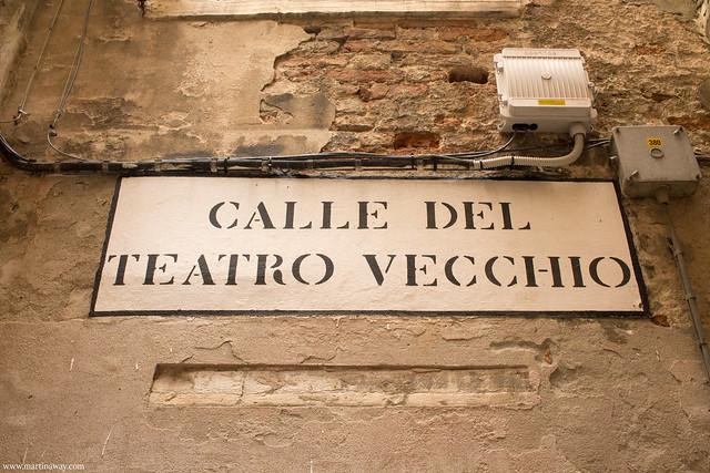Calle del Teatro Vecchio