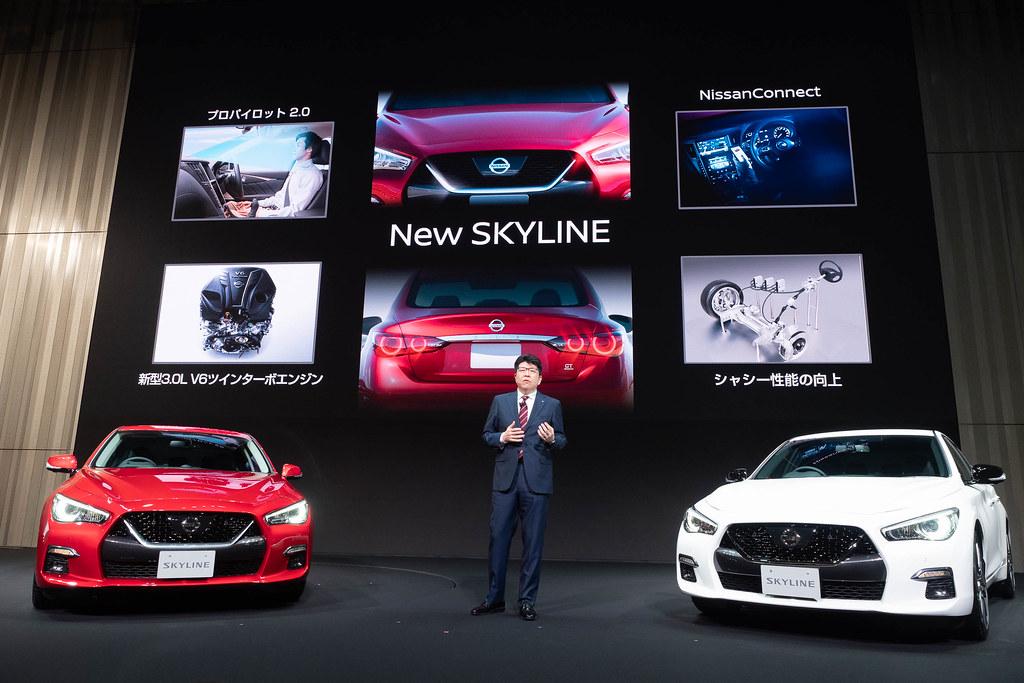 Nissan_SKYLINE-40