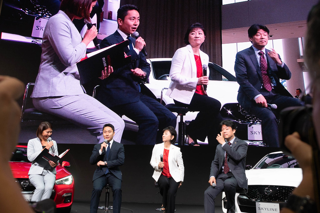 Nissan_SKYLINE-43