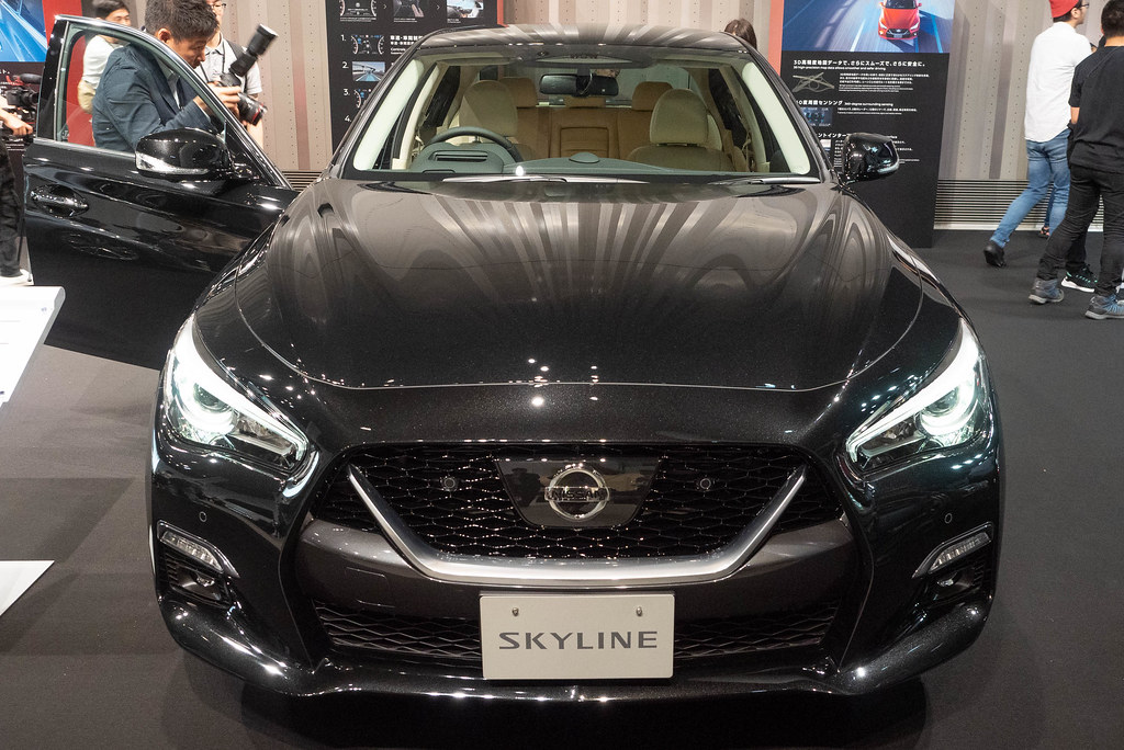 Nissan_SKYLINE-64