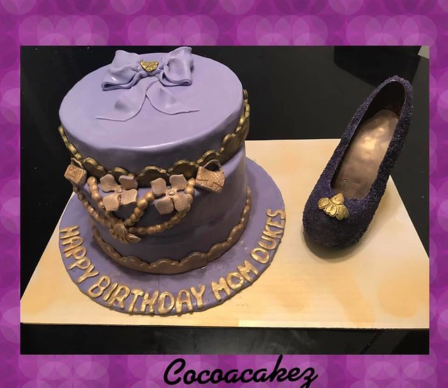 Jewelry Box Cake and Chocolate Shoe by Nye Umm Suf