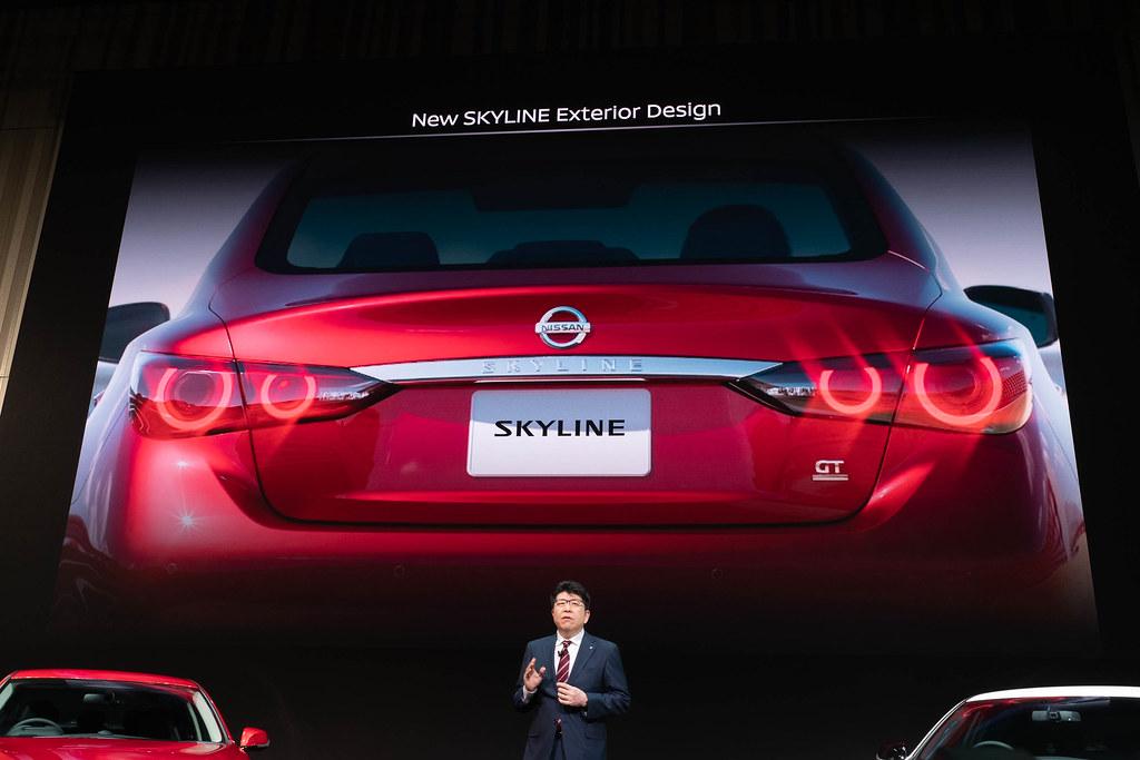 Nissan_SKYLINE-23