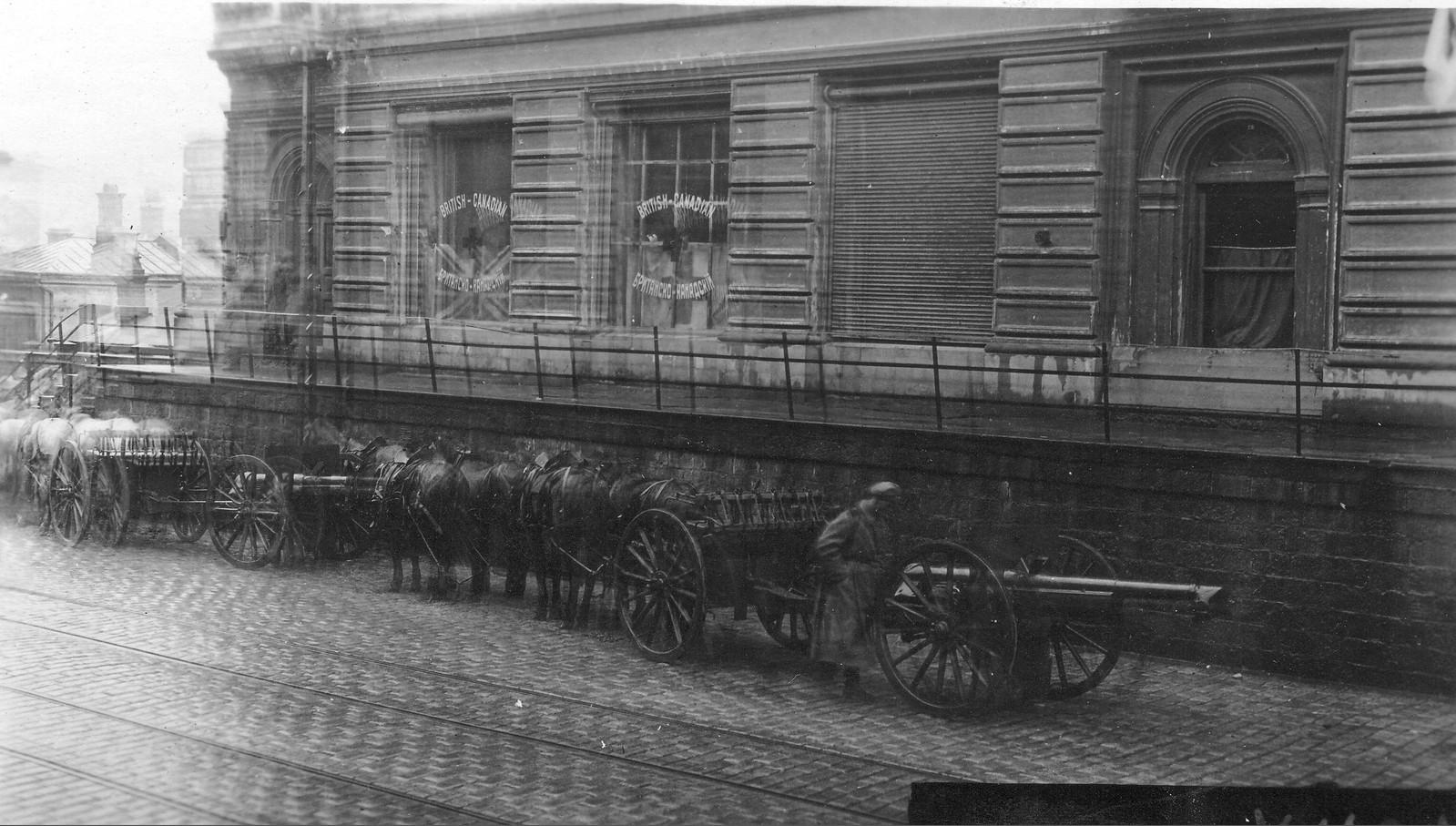 Пушки на Алеутской во время подавления Гайдовского мятяжа