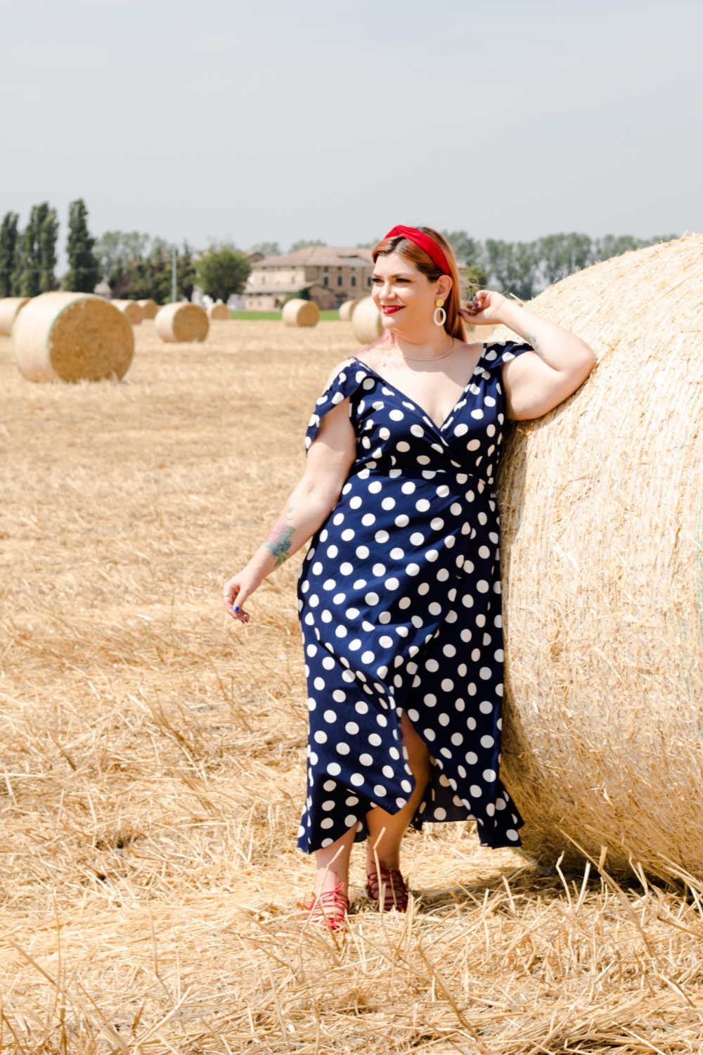 Outfit Kimcurvy blu a pois (12)