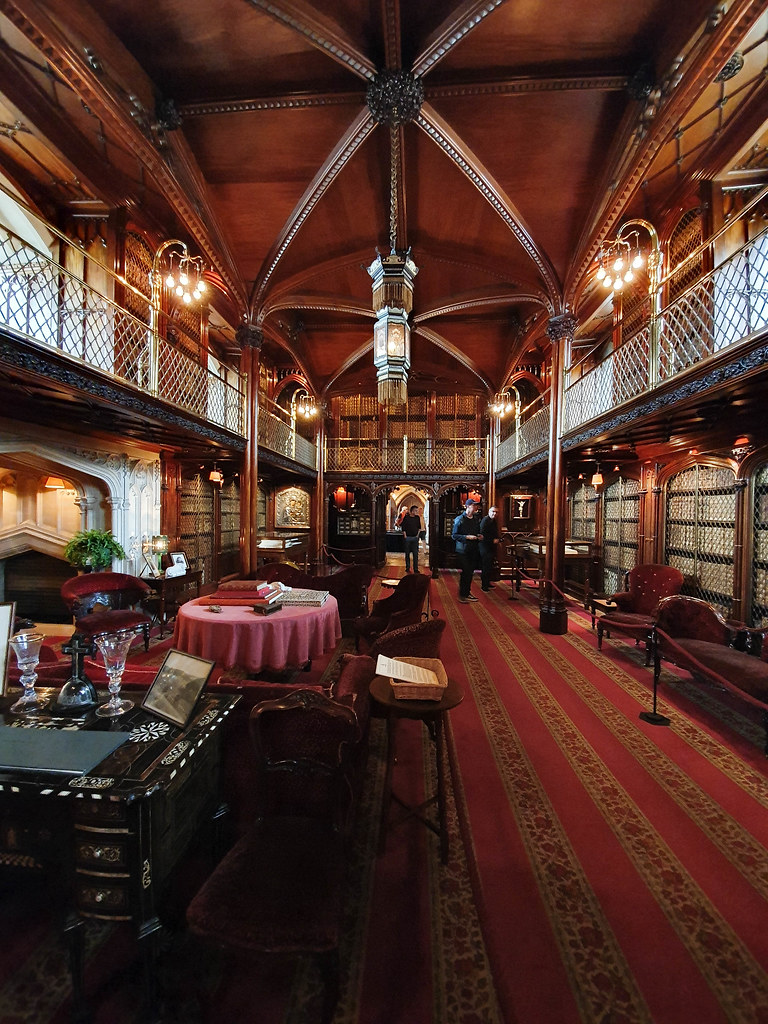 The library at Arundel Castle