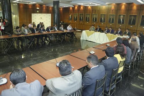 LA ASAMBLEA NACIONAL RECIBE A REPRESENTANTES DE LA FEDOTAXIS, QUITO 16 DE JULIO DEL 2019