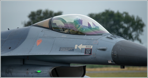 f16 taxi 1 ) | by Evelakes67