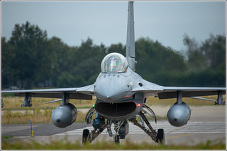 f16 taxi (1 van 1) | by Evelakes67
