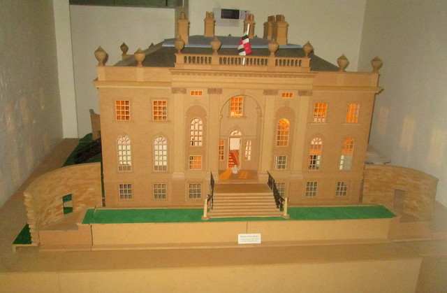 Model, House of Dun