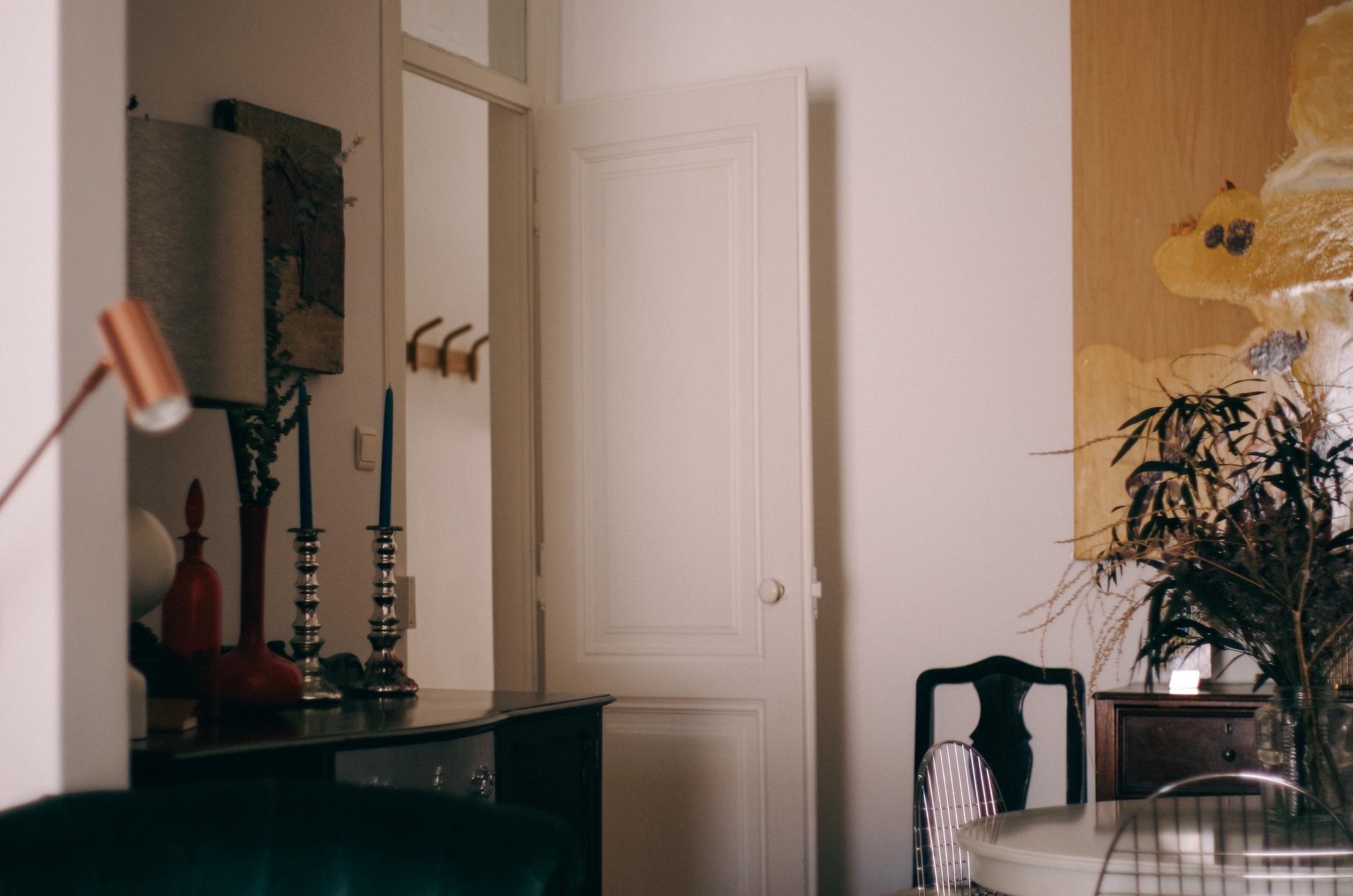 Lisbon, Interior
