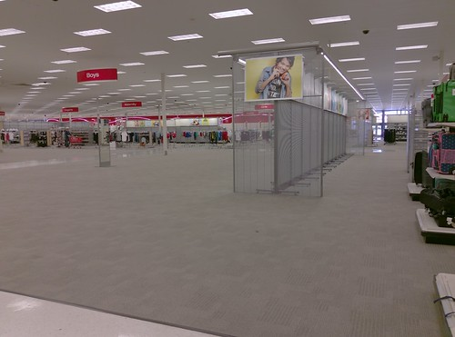 2019liquidation closed cordova departmentstore discountstore early2000s liquidation memphis retail shelbycounty supertarget target tennessee tn wavyneon unitedstates