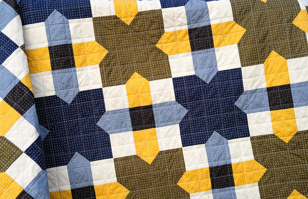 The Willow Quilt Pattern - Kitchen Table Quilting
